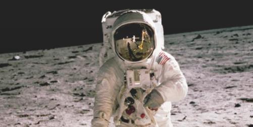 Land on Moon